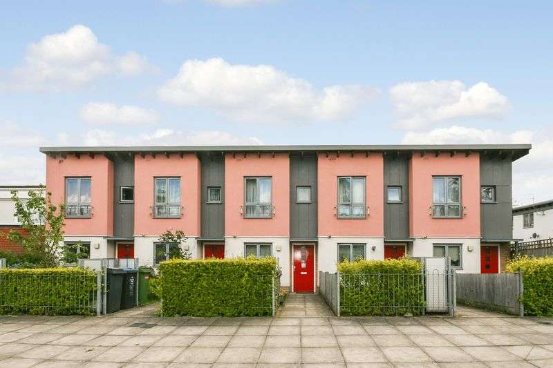2 Bedrooms Terraced House for sale in Demeta Close, Wembley