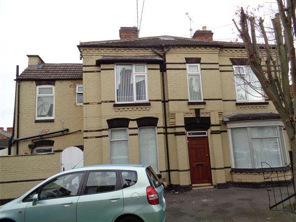 5 Bedrooms Terraced House for sale in Granby Avenue, Leicester, LEICESTER