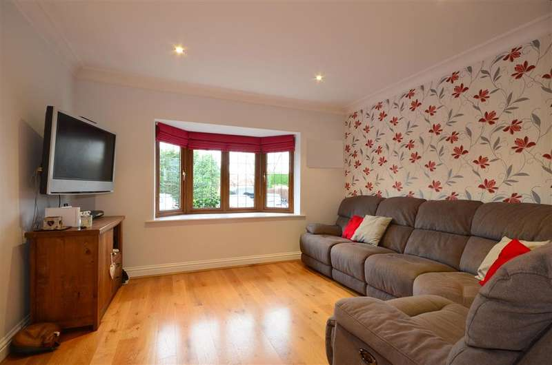5 Bedrooms Detached House for sale in Leatherhead Road, Bookham, Leatherhead, Surrey
