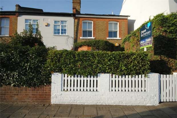 3 Bedrooms End Of Terrace House for sale in Staines Road, Twickenham
