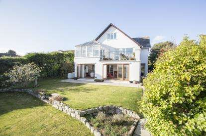 5 Bedrooms Detached House for sale in St. Mawes, Truro, Cornwall