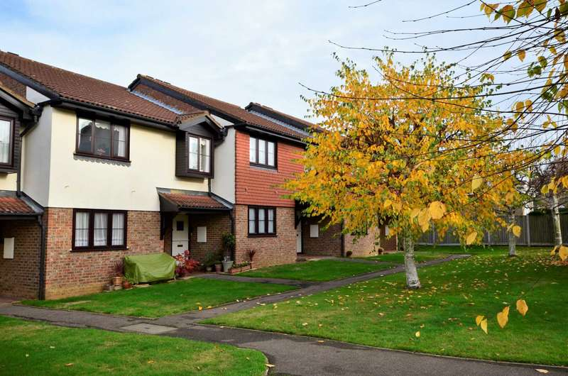 1 Bedroom Retirement Property for sale in Old Farm Court, Billericay
