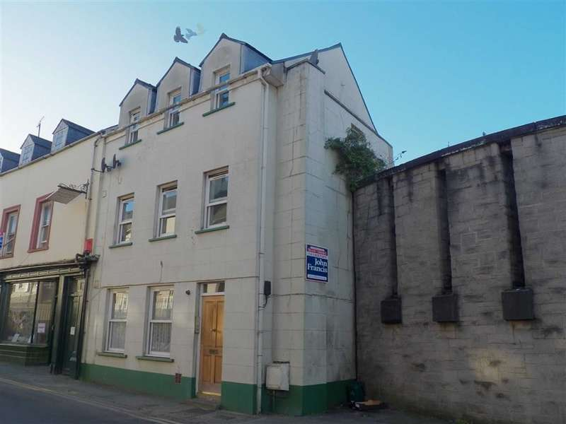 3 Bedrooms Property for sale in Dew Street, Haverfordwest