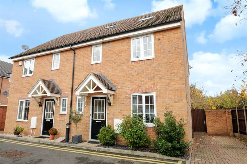4 Bedrooms Semi Detached House for sale in Franklins, Maple Cross, Hertfordshire, WD3