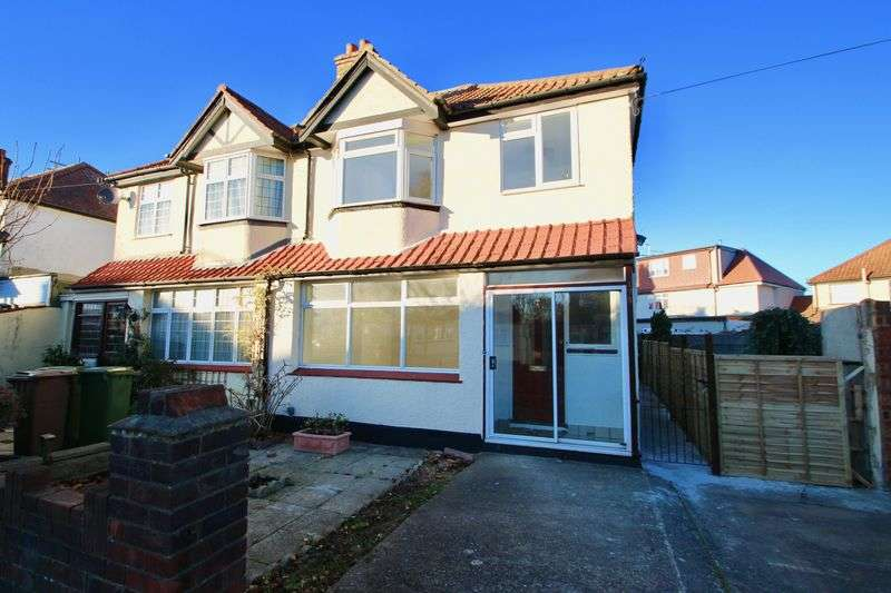 3 Bedrooms Semi Detached House for sale in Erskine Road, Sutton