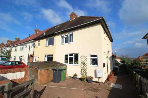3 Bedrooms Property for sale in York Road, Bewdley, Worcestershire, DY12 2BN