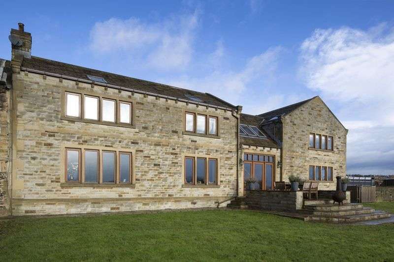 4 Bedrooms Property for sale in Low Farm Cottage, Lodge Lane, Liversedge