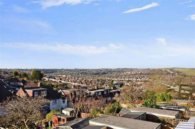 3 Bedrooms Detached Bungalow for sale in Rustington Road, Hollingbury, Brighton, East Sussex
