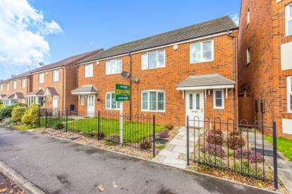 4 Bedrooms Semi Detached House for sale in Stafford Road, Wednesbury, West Midlands