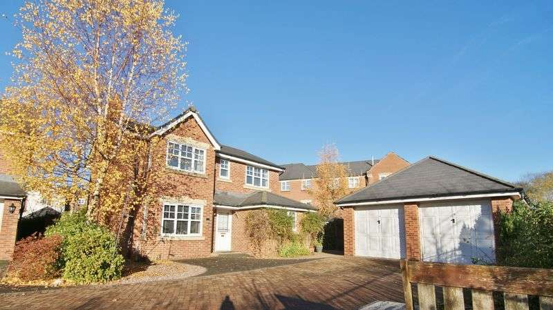 4 Bedrooms Detached House for sale in Thornthwaite Road, Cottam, PR4 0WJ