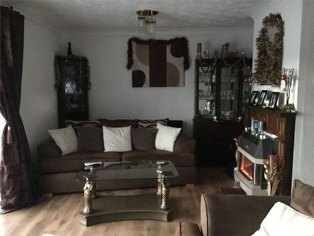 2 Bedrooms Semi Detached House for sale in Hill Crest View, Cwmtillery, ABERTILLERY, Blaenau Gwent