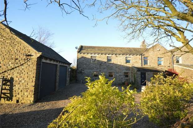 4 Bedrooms End Of Terrace House for sale in Lane House, Penistone Road, Hepworth, Holmfirth, West Yorkshire