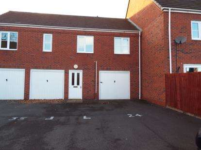 2 Bedrooms Maisonette Flat for sale in Russell Street, Willenhall, West Midlands