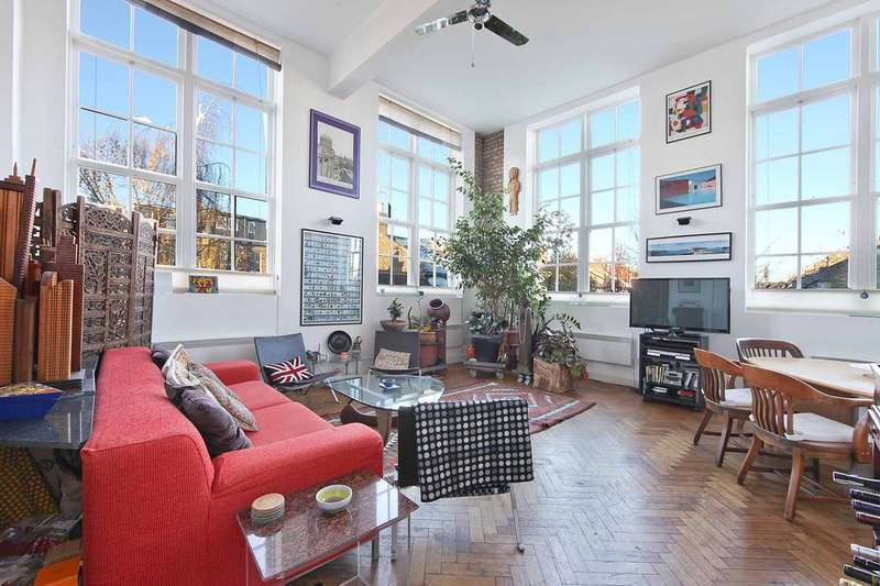 3 Bedrooms Flat for sale in Scholars Place N16 0RF