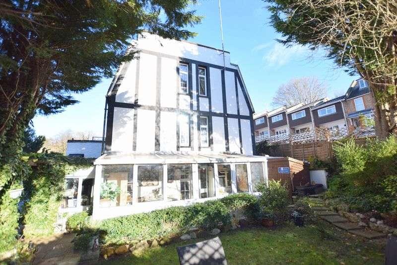 4 Bedrooms House for sale in Glenview Road, BOXMOOR, Hemel Hempstead