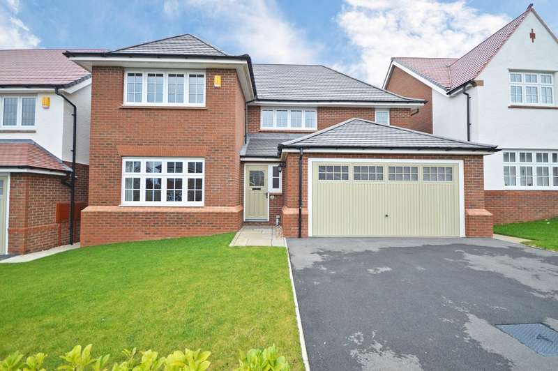 4 Bedrooms Detached House for sale in Grange View, Crofton, Wakefield
