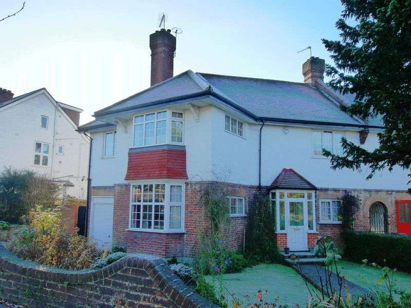 4 Bedrooms Terraced House for sale in Morton Crescent, Southgate