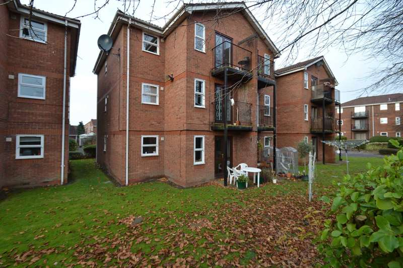 1 Bedroom Apartment Flat for sale in Waterfront House, Montonmill Gardens, Monton