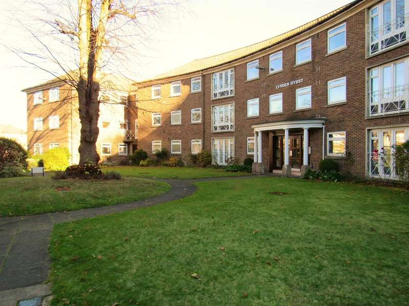 2 Bedrooms Flat for sale in Lynden Hyrst, Addiscombe Road, Croydon, CR0 5PD