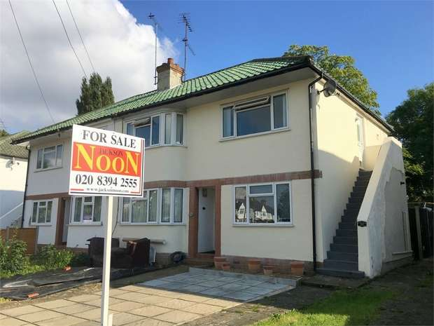 2 Bedrooms Maisonette Flat for sale in Station Avenue, Ewell