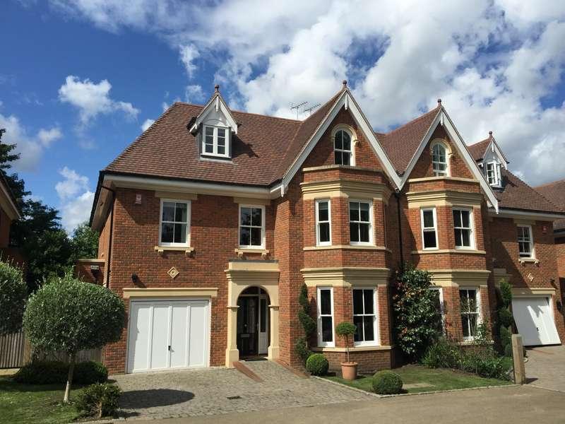 6 Bedrooms Semi Detached House for sale in Weybridge