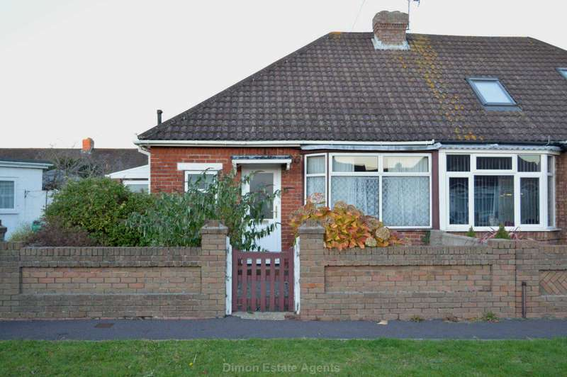 2 Bedrooms Semi Detached Bungalow for sale in Fairhome Close, Elson