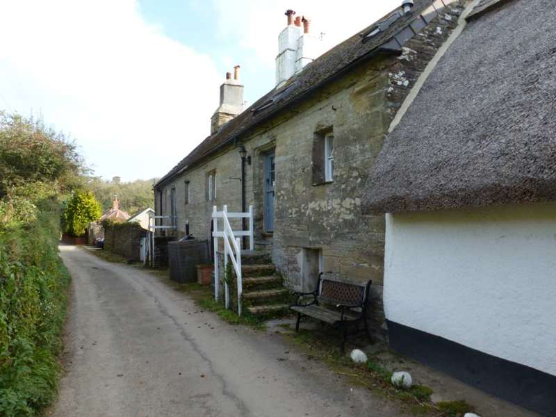 3 Bedrooms Cottage House for sale in Shute Cottages, South Milton