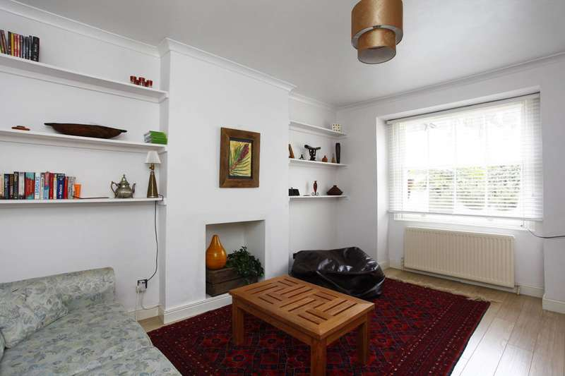 2 Bedrooms Flat for sale in Princess Road, Kilburn, NW6