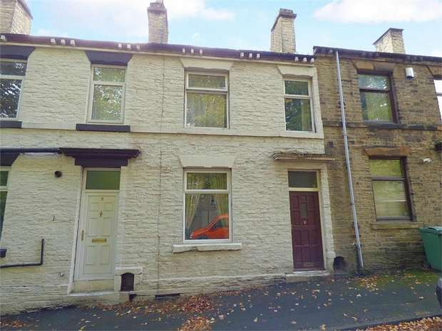 3 Bedrooms Terraced House for sale in Valley Road, Cleckheaton, West Yorkshire