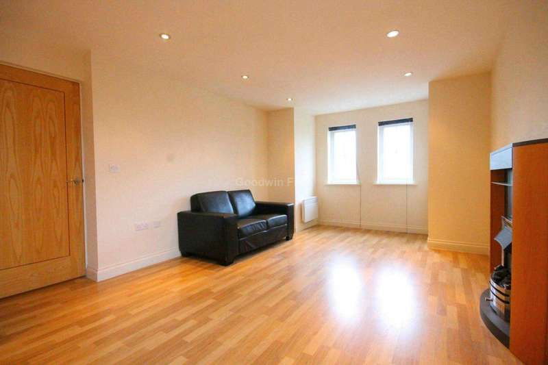 2 Bedrooms Apartment Flat for sale in 701 Hyde Road, Gorton