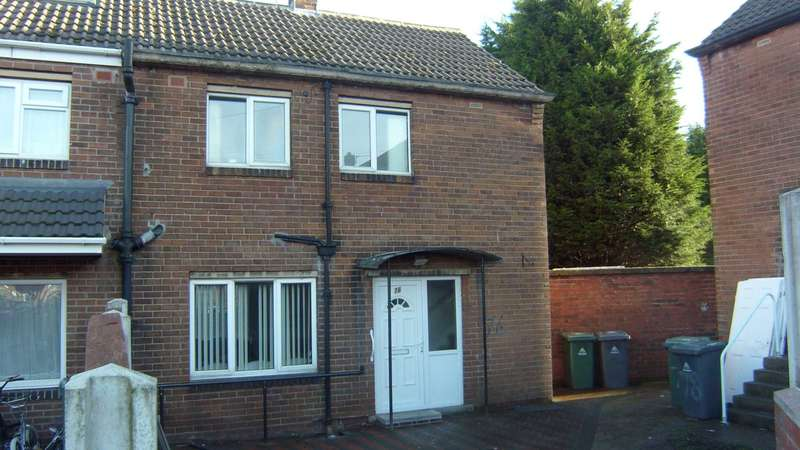 2 Bedrooms End Of Terrace House for sale in Woodside Crescent, Batley
