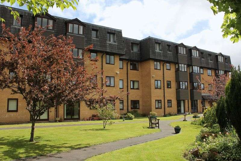 1 Bedroom Flat for sale in Westwood Court, Stanwell Road, Penarth