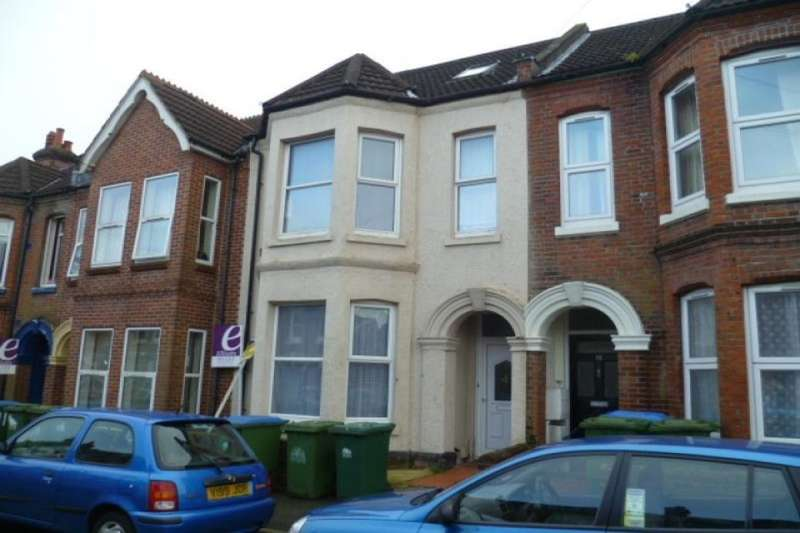 6 Bedrooms Semi Detached House for rent in Rigby Road, Southampton, SO17