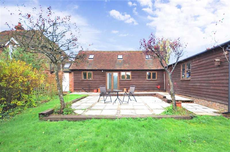 5 Bedrooms Detached House for sale in Horsted Lane, Sharpthorne, West Sussex