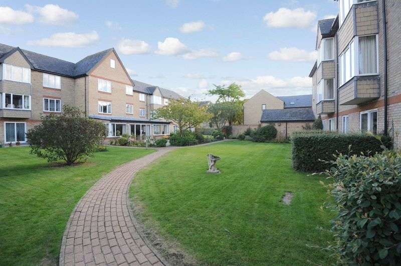 1 Bedroom Retirement Property for sale in Old Market Court, St. Neots, PE19 1DJ