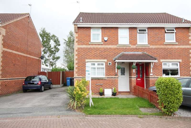 2 Bedrooms Semi Detached House for sale in Ormond Close, Widnes