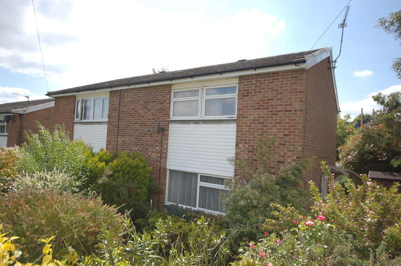 3 Bedrooms Semi Detached House for sale in Uckfield, East Sussex