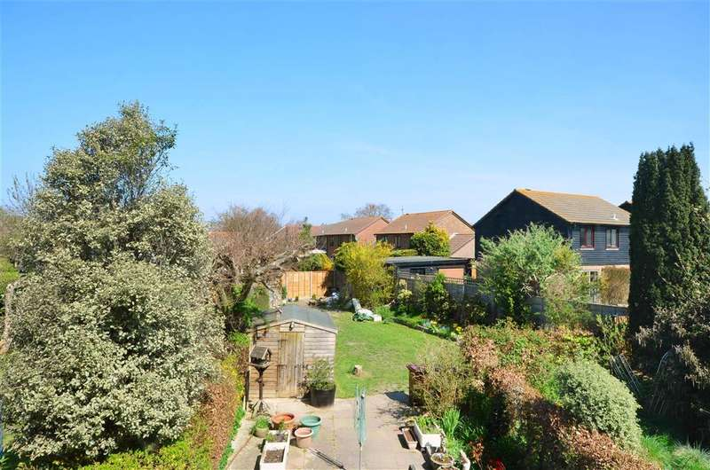 3 Bedrooms Terraced House for sale in Old Cottage Close, Tangmere, Chichester, West Sussex