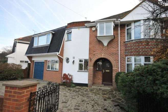 6 Bedrooms Semi Detached House for rent in The Crescent, Egham, Surrey, TW20