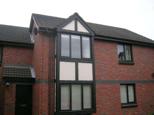 1 Bedroom Flat for sale in Bankfield Court, Thornton Cleveleys, Lancashire, FY5 5HF