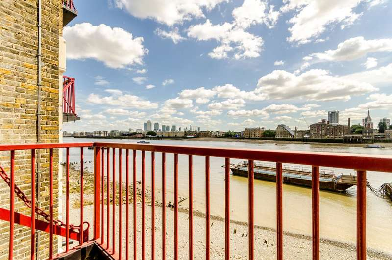 2 Bedrooms Flat for sale in Wapping High Street, Wapping, E1W