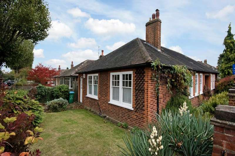 4 Bedrooms House for sale in North Road, Richmond, TW9