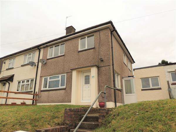 3 Bedrooms Semi Detached House for sale in Cambrian Avenue, Gilfach Goch, Gilfach Goch