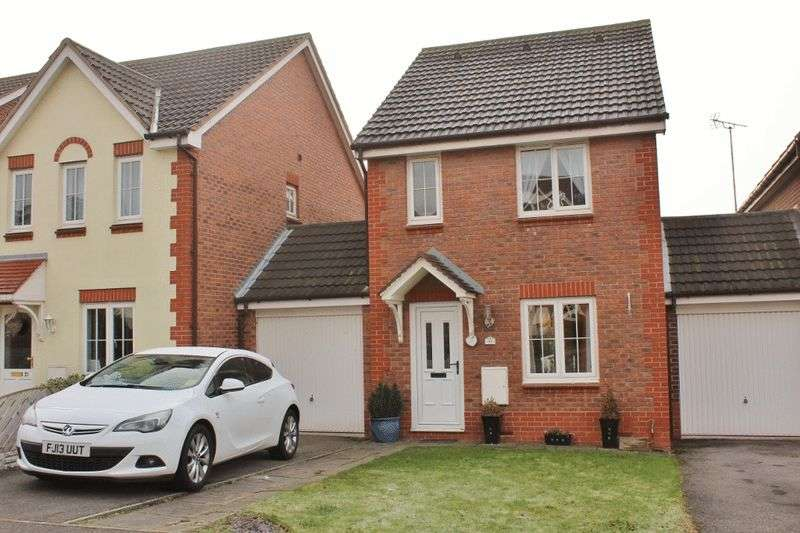 3 Bedrooms Semi Detached House for sale in Ashworth Road, Pontefract