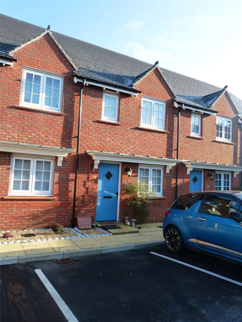 2 Bedrooms Terraced House for sale in Parc Llwyn Celyn, St. Clears, Carmarthen