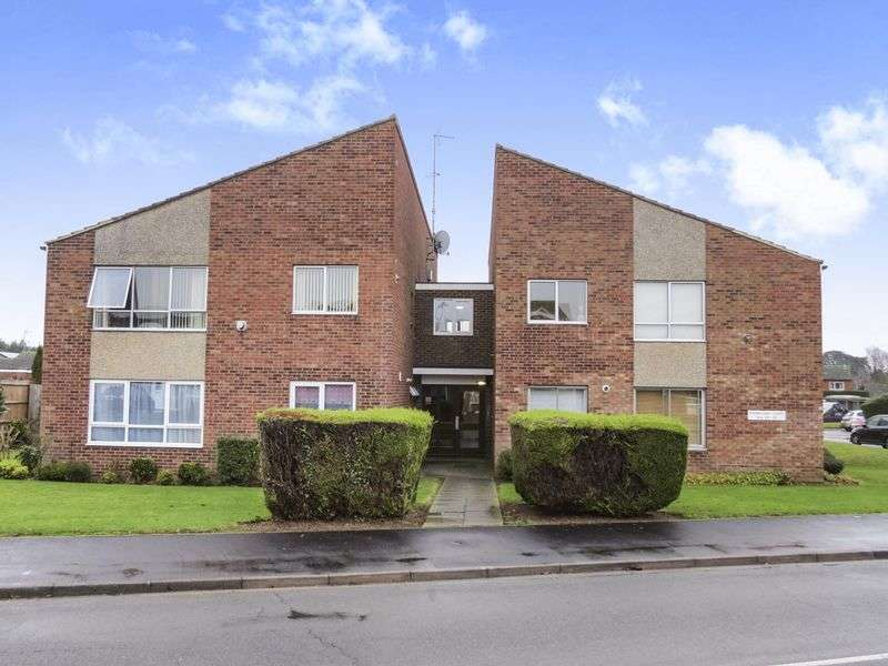 2 Bedrooms Flat for sale in Longthorpe