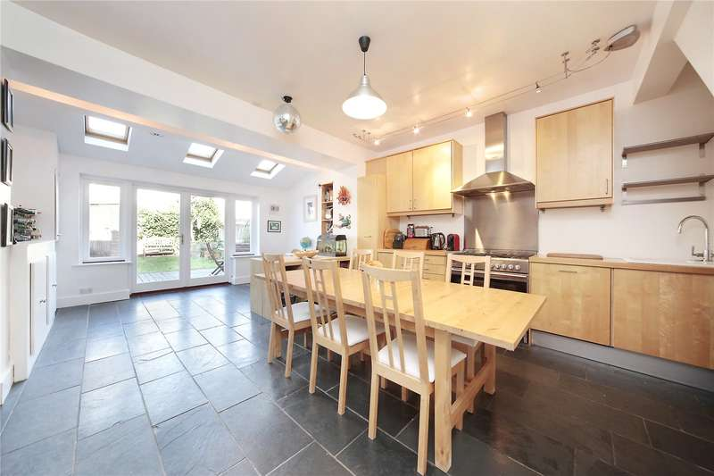 3 Bedrooms Terraced House for sale in Fairlight Road, Tooting, London, SW17