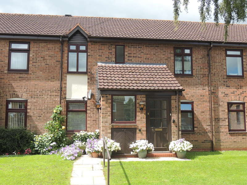 2 Bedrooms Maisonette Flat for sale in Poplar Road, Dorridge