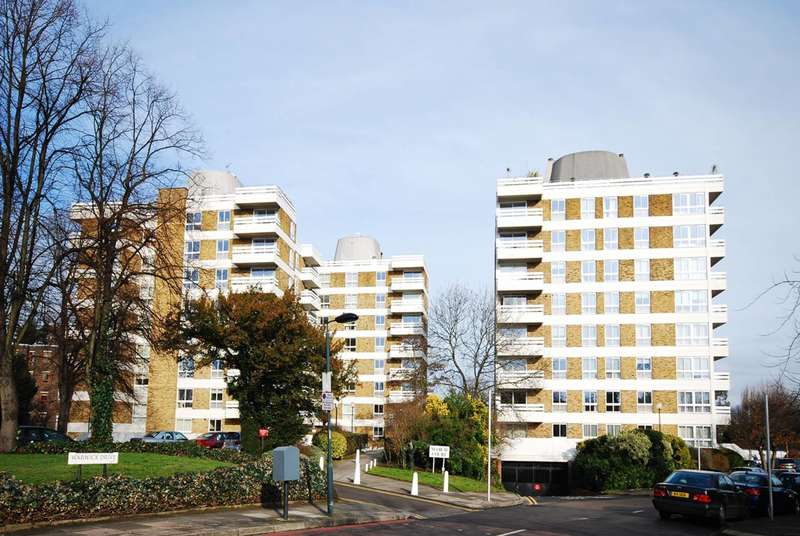3 Bedrooms Flat for sale in Warwick Drive, Putney, SW15
