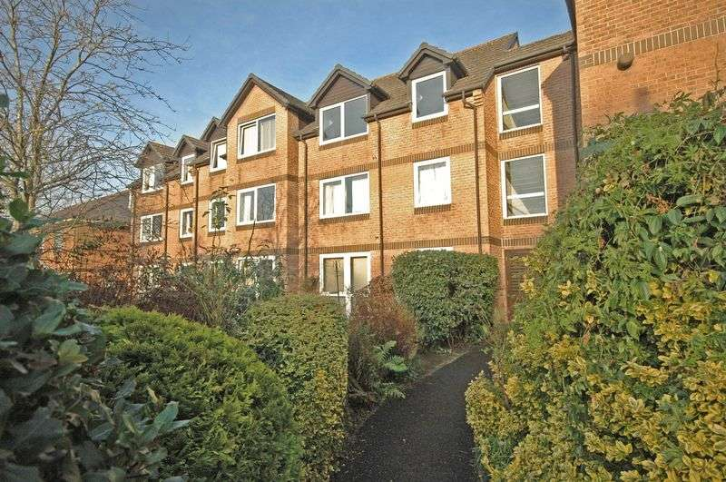 1 Bedroom Retirement Property for sale in Goldwire Lane, Monmouth